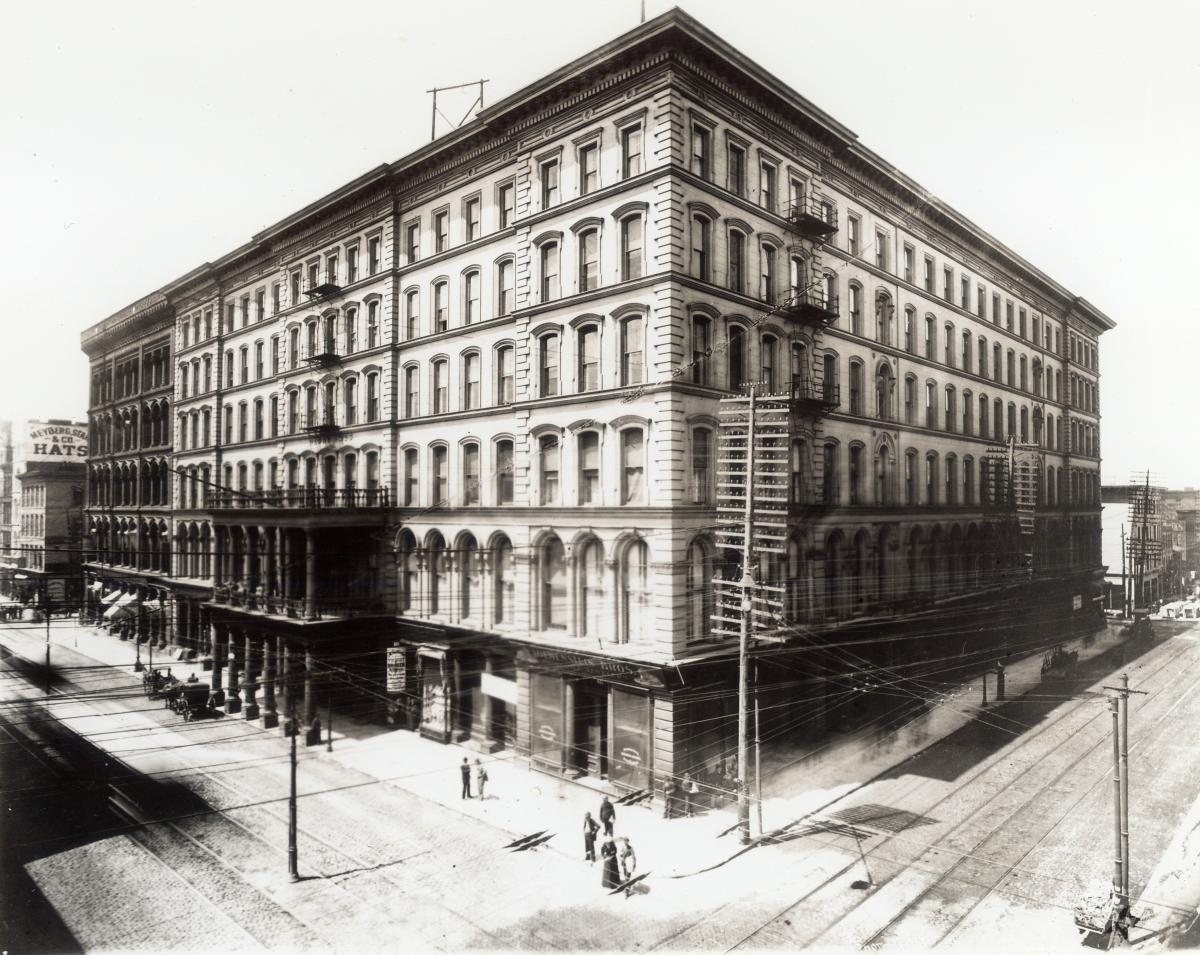 Black-and-white photo of second Lindell Hotel