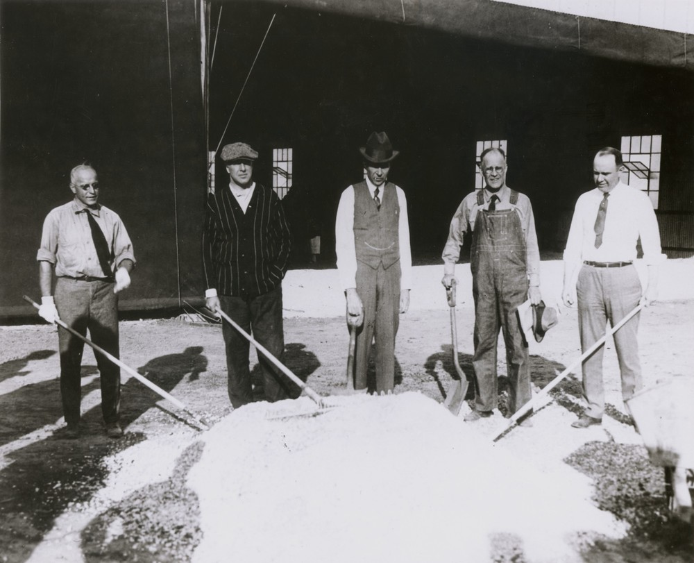 Photo of groundbreaking for 1923 International Air Races