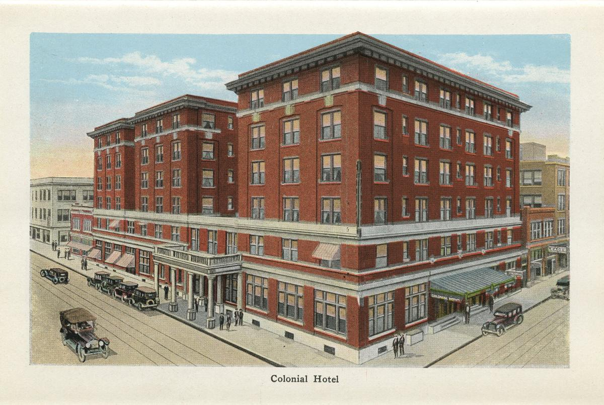 Color postcard of the Colonial Hotel