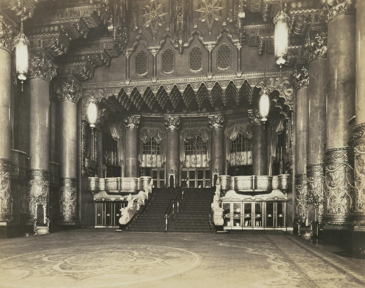 Black-and-white photo of Fox Theatre lobby