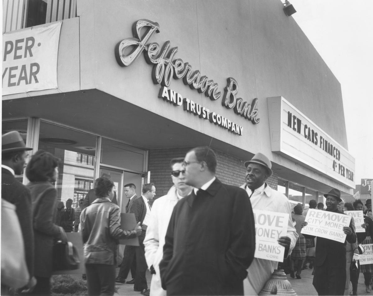 Black-and-white photo of Jefferson Bank protesters