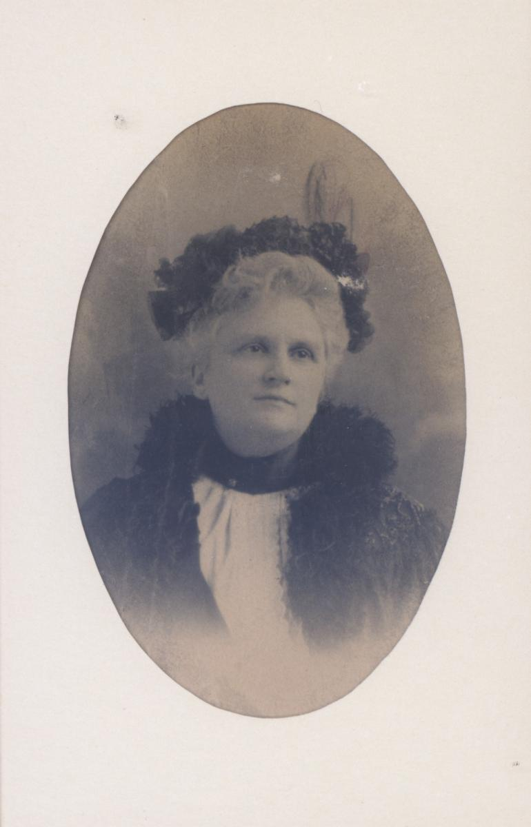 Photo of Kate Chopin in 1899