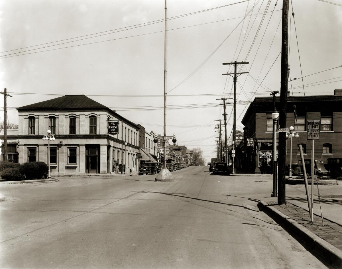 Black-and-white photo of Lindbergh Blvd, April 1936
