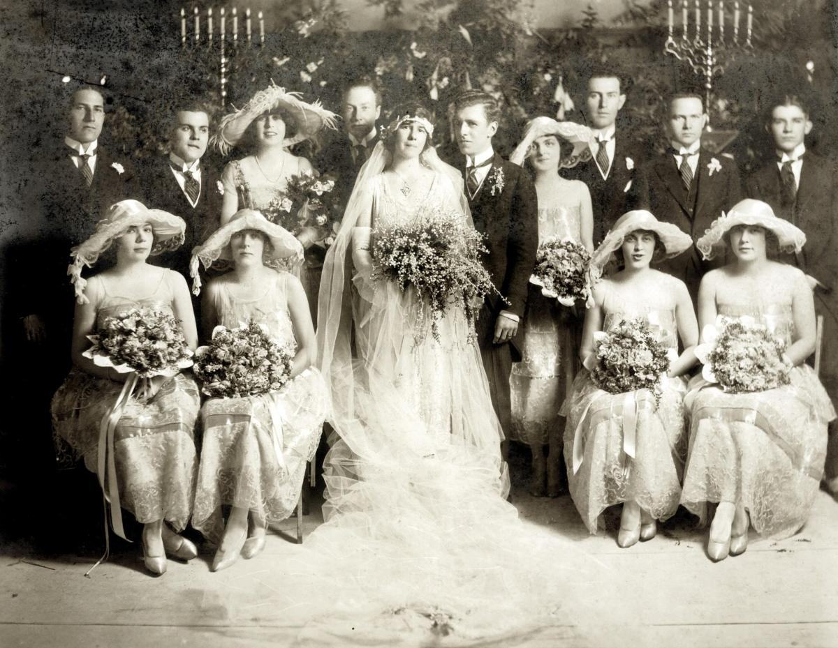 Photo of Mary Plant, Leicester Faust, and their wedding party