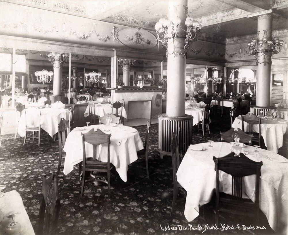 Photo of ladies' dining room at St. Nicholas Hotel
